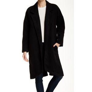 Valette Minimal Side Slit Sleek Black Coat